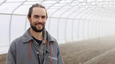Olivier Lamoureux, Coop les Jardins de la Résistance (production maraîchère biologique), est finaliste de la 16e édition du concours Tournez-vous vers l'excellence! (Groupe CNW/La Financière agricole du Québec)
