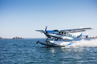 Cessna Grand Caravan EX landing in Boston Harbor
