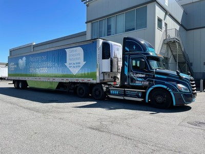 Loblaw trials electric truck (CNW Group/Loblaw Companies Limited)