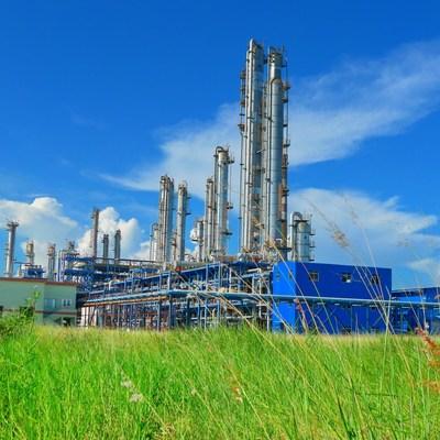 Sinopec conclut le premier bloc de transactions du marché national du carbone de la Chine, avec l'achat de 100 000 tonnes de quotas d'émissions de carbone du China Resources Group. (PRNewsfoto/SINOPEC)