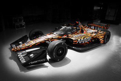 The No. 5 Arrow McLaren SP car featuring the winning design from the Vuse Design Challenge.