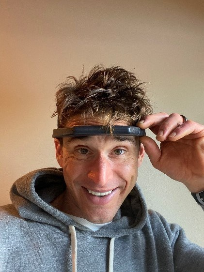 """Ben Greenfield, renowned biohacker, fitness guru and New York Times best-selling author has been an early tester of Hapbee's """"Boost"""" signal. He will host an Instagram Live broadcast with Hapbee co-founder Scott Donnell July 29th at 8 pm ET. (CNW Group/Hapbee Technologies Inc.)"""