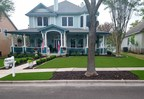Artificial Grass Brings New Life to Charming Austin Home...