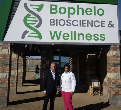 Boustead's Head of Equity Capital Markets, Dan McClory, pictured with Louisa Mojela, Executive Chairman of Akanda, during his visit to Bophelo Bioscience & Wellness in Lesotho, Africa. (CNW Group/Halo Collective Inc.)