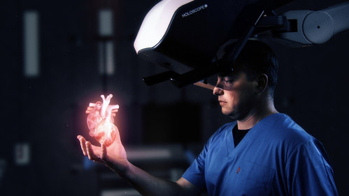 HOLOSCOPE™-i: Over-the-head Holographic system by RealView Imaging, Creating Digital 3D Holograms in the Physician's Hand (PRNewsfoto/RealView Imaging Ltd)