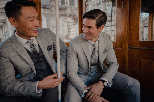 New case study showcases how INDOCHINO expanded its customer demographic and saw a 16% lift in AOV using Klarna's flexible payment options and marketing services. (CNW Group/Indochino Apparel Inc.)
