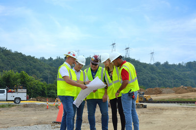 From left to right: Scott Brown, PureCycle VP of Program Management; Dustin Olsen, PureCycle Chief Manufacturing Officer; Bill Harrington, Gulfspan Industrial; Kristen Taylor, PureCycle Director of Procurement; Jonathan Marks, Concentric Construction.