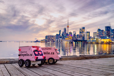 Bell 5G powers Tiny Mile food delivery robots in downtown Toronto (CNW Group/Bell Canada)