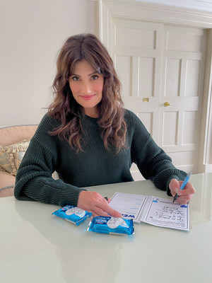 """Backed by moments inspired by parents across the country, Rice Krispies Treats® is teaming up with Idina Menzel, powerhouse award-winning actress, performer, and parent, to spark daily moments of encouragement through the """"Rice Krispies Treats 365 Days of Love and Support Kit."""""""