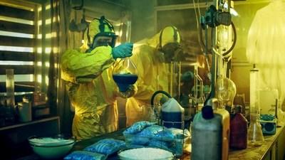 Royalty-free image of lab technician'making' the infamous Breaking Bad blue blend (PRNewsfoto/SlotsOnlineCanada.com)