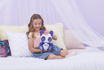 Highly interactive play extends beyond the surprise baby reveal as Peek-A-Roo interactive plush responds to touch with over 150 cute sounds and actions. (CNW Group/Spin Master)