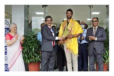 IOB Felicitates Rupinder Pal Singh