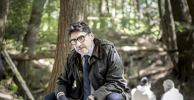 Alfred Molina as Armand Gamache (Photo credit: Laurent Guérin / Amazon Prime Video) (CNW Group/Amazon Canada)