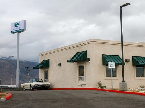 Harborside Completes Acquisition of its Desert Hot Springs Retail Location (CNW Group/Harborside Inc.)