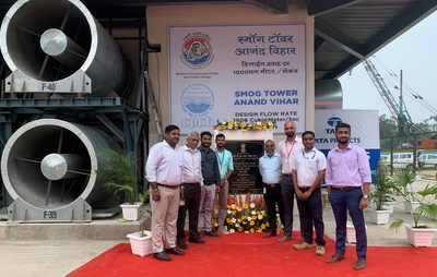 Tata Projects' Team at Smog Tower in Anand Vihar, Delhi