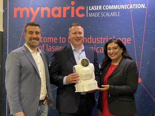 Pictured Left to Right: Bulent Altan, CEO of Mynaric, Dave Bettinger, CEO of SpaceLink, and Tina Ghataore, Chief Commercial Officer of Mynaric