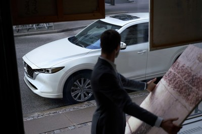 2022 Mazda CX-5 Signature (CNW Group/Mazda Canada Inc.)