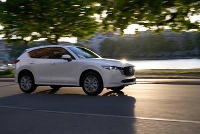 2022 Mazda CX-5 Signature (Groupe CNW/Mazda Canada Inc.)