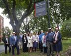 Inauguration du parc Daisy-Peterson-Sweeney en présence de la famille