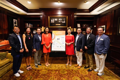 From L-R: Hee Lee, Chair, Ascend Golf Outing Steering Committee, and Partner, EY; Kathy Lee, National Director, Ascend; Yang Shim, Americas Technology Consulting Leader, EY;  Valerie Wong Fountain, Managing Director, Morgan Stanley; Sherry S. Chan, Chief Actuary, City of New York; Ian Asvakovith, Co-Founder & CEO, Piedmont Fund Services, Jeff Chin, Co-Founder and Immediate Past President, Ascend, Savio Chan, CEO, US China Partners Inc.