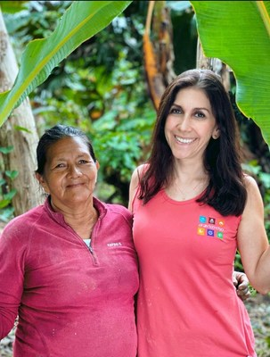Maria del Carmen Narváez (right), manager of Barnana Ecuador, and her team work closely with Kichwa Mamacitas, Amazonian women who lead their farming families and pass along generations of indigenous land use knowledge resulting in the high-quality supply of organic plantains and bananas used in Barnana's snacks.