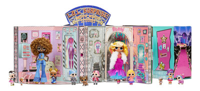 The L.O.L. Surprise! O.M.G.™ Movie Magic Studio™ set includes 12 exclusive dolls to play the cast & crew, and a package that folds out into a 360-degree playset, a green screen, and a movie theater.