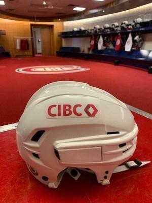 La nouvelle image de marque CIBC ornera les casques pour les matchs à l'étranger (Groupe CNW/CIBC)