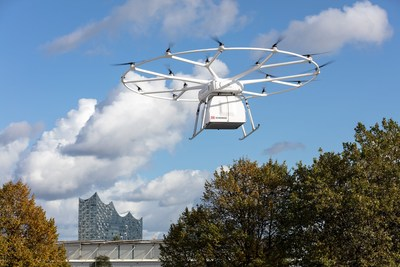 Successful First Public Flight of Volocopter's VoloDrone in Hamburg at ITS World Congress 2021 ? Joint Demonstration with DB Schenker
