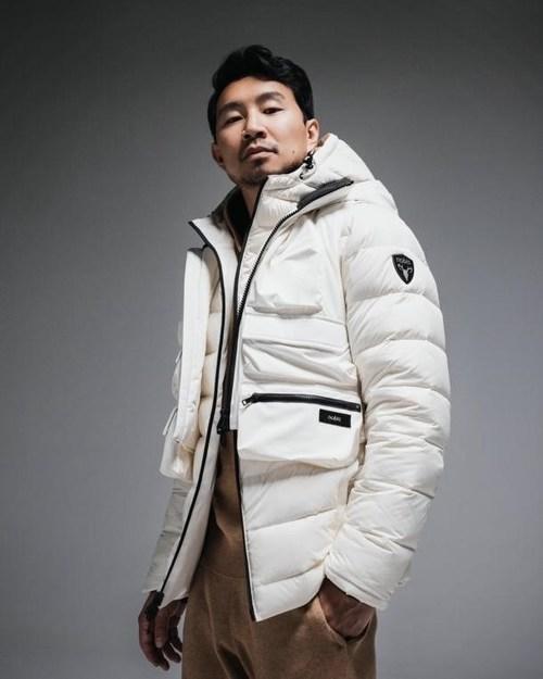 Simu Liu, Nobis new global brand ambassador / Photo Credit: Justin Wu (CNW Group/Nobis)