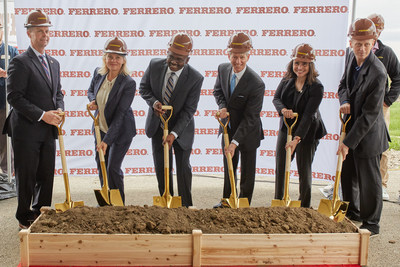 Ferrero breaks ground on its first chocolate processing facility in Bloomington, IL, its first in North America. Left to right: Congressman Rodney Davis, Ferrero Group Chief Institutional Affairs & Corporate Communications Officer, Bloomington Mayor Mboka Mwilambwe, Ferrero North America President & CEO Todd Siwak, Acting Director of the Illinois Department of Commerce and Economic Opportunity Sylvia Garcia, and Ferrero Vice President Industrial Operations Federico Forti.