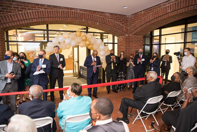 USSFCU President & CEO Timothy L. Anderson addresses attendees at the ribbon cutting ceremony for USSFCU's new Bertie H. Bowman headquarters building