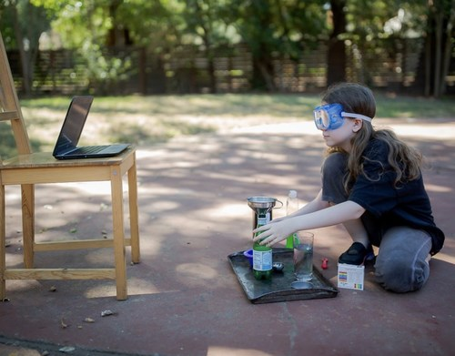 Outschool learner takes science class online. Credit: Kathleen Schwartz Photography