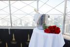 Empire State Building lance le forfait « Happily Ever Empire », pour une demande en mariage inoubliable à partir de l'emblématique observatoire du 86e étage de l'édifice