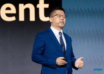 Selon Bill Wang, vice-président chez Huawei, la création d'un réseau cible entièrement optique peut favoriser une croissance continue de la valeur de l'entreprise