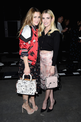 ÿØÿàJFIF,,ÿí,üPhotoshop 3.08BIMgú2700 x 1796zAdministrator InternalxeDrew Barrymore and Emma Roberts Attend Coach 75th Anniversary Show and After Party (PRNewsFoto/Coach)t2016 Getty Images This image must be used within the context of the news release it accompanied. Request permission from issuersCoachnPR NEWSWIREiCoachg	686916405e