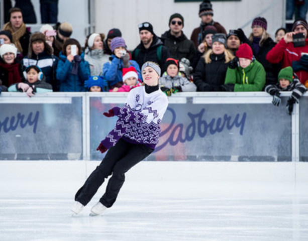 Cadbury surprises Ottawa skaters at the Sens Rink of Dreams with a special performance by six-time Canadian champion and Olympic Bronze Medallist Joannie Rochette. (Photo by Matt Zambonin) (CNW Group/Cadbury Dairy Milk)