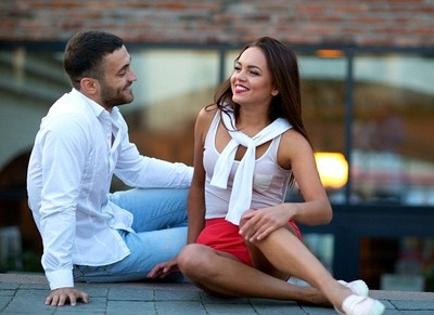 The international dating site offers new ways for couples to improve communication through video learning.
