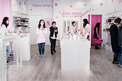 Customers browse at Memebox's San Francisco holiday pop-up shop.
