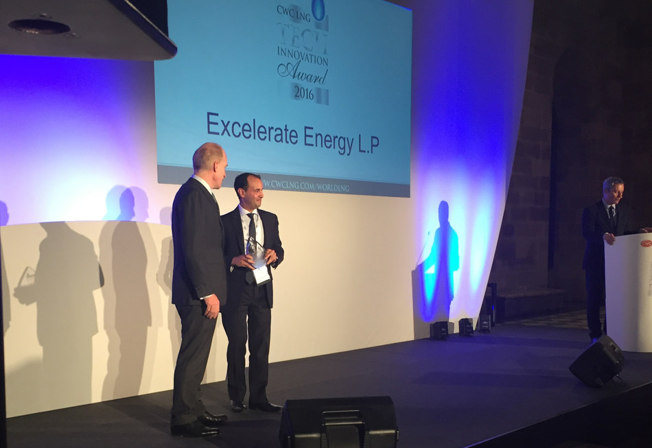 Director of Business Development Aziz Kassim receiving the CWC LNG Technological Innovation 2016 Award on behalf of Excelerate Energy.