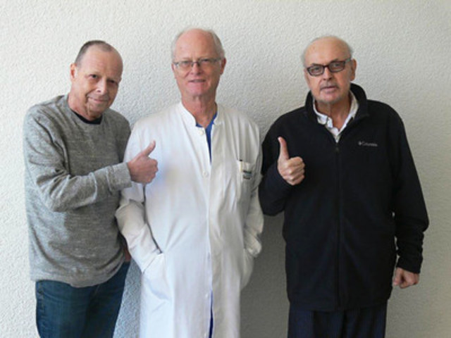 From left to right: Mr. Karmi Posner (Patient), Prof. Dr. med. Karl R. Aigner, Mr. Gerald Kopitowski (Patient). (CNW Group/Medias Health Group)