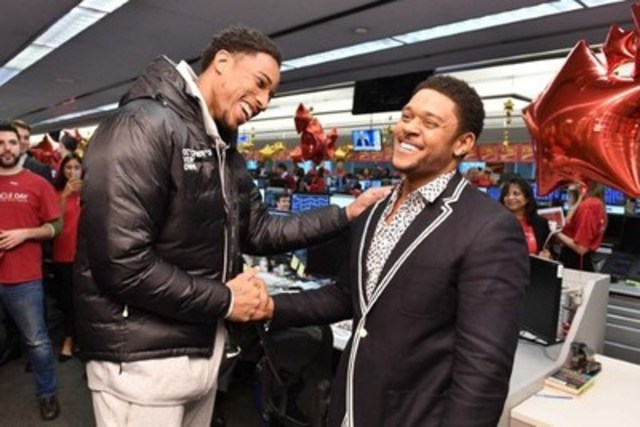 DeMar DeRozan and Pooch Hall lend a hand in raising a record $7 million for the 32nd #CIBCMiracleDay. Photo credit: George Pimentel (CNW Group/CIBC)