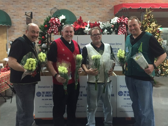 Arizona Flower Market gives away 24,000 roses in exchange for toy donations to benefit The Society of St Vincent de Paul