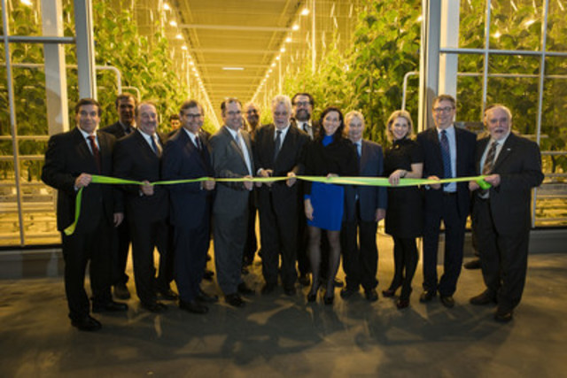 Mission accomplished for Toundra Greenhouse - Quebec's largest greenhouse complex with year-round production officially inaugurated (CNW Group/Serres Toundra)