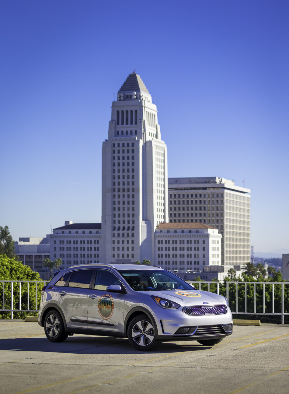 2017 Kia Niro Sets Guinness World Records(TM) Title for Lowest Fuel Consumption by a Hybrid Vehicle
