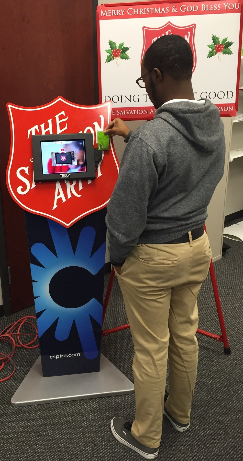 C Spire is funding a groundbreaking technology initiative with The Salvation Army that gives consumers the option to make credit and debit card donations through special Red Kettle mobile giving station kiosks equipped with tablets, secure e-readers and swipe technology at selected stores and businesses in central Mississippi.
