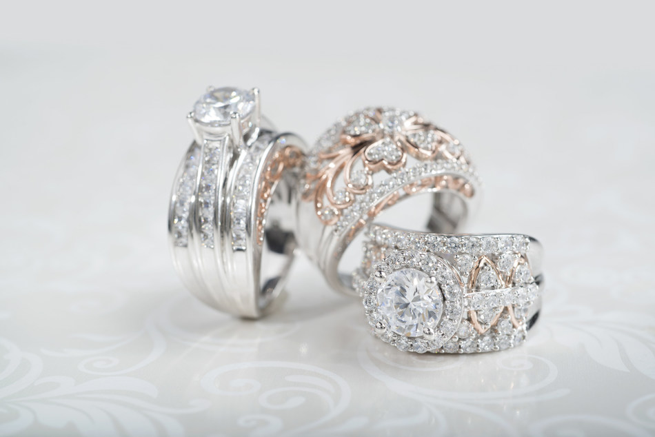 JTV announced the debut of its exclusive Michael O'Connor for Bella Luce collection, the first design collaboration with respected celebrity stylist and jewelry expert Michael O'Connor.