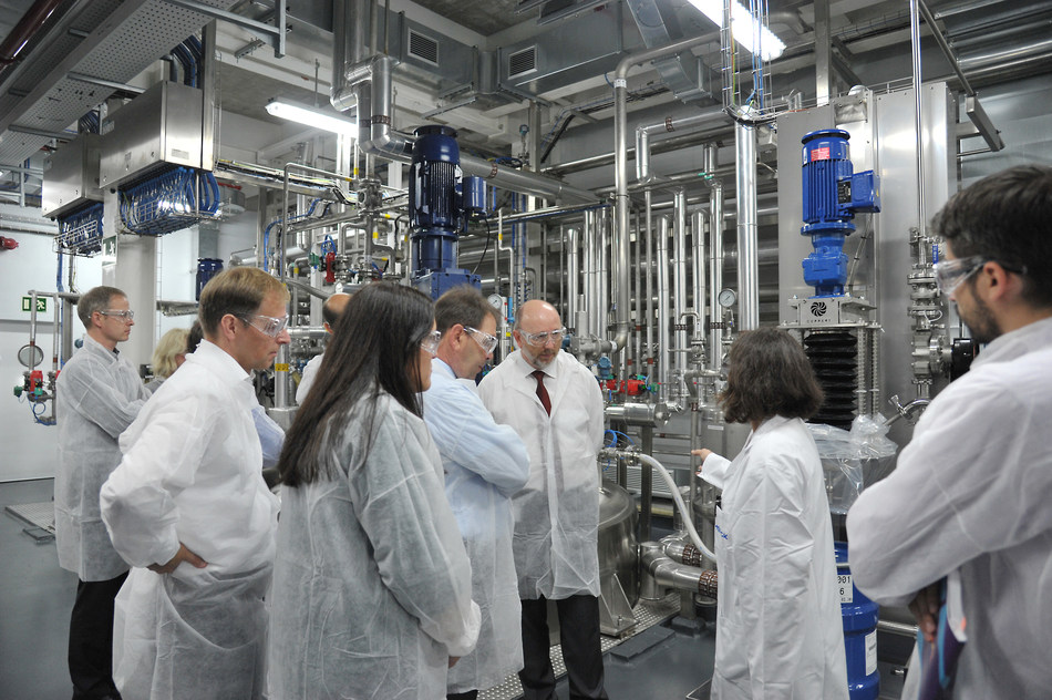 Merck's new regulatory compliant, FDA-audited facility in Mollet des Vallès, Spain is the only facility in Europe solely dedicated to meglumine production (PRNewsFoto/Merck)