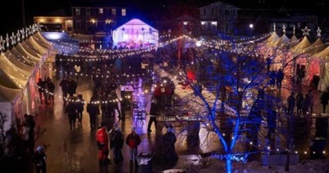 Guests enjoying the Twenty Valley Winter WineFest (CNW Group/Wine Marketing Association of Ontario)