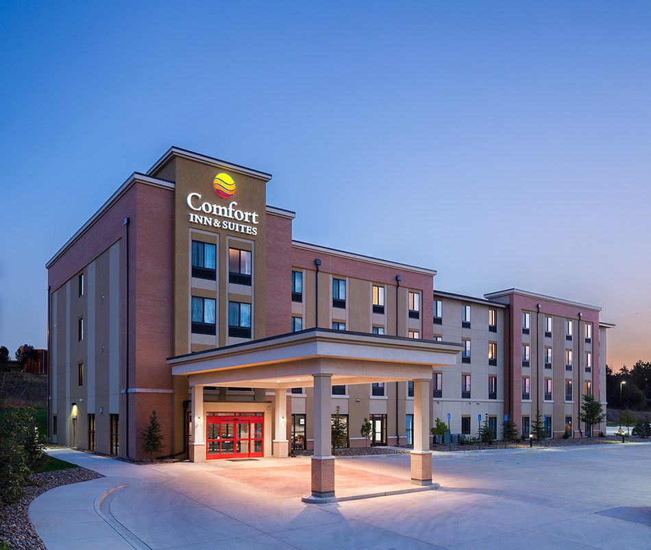 2017 Cvent S Top 100 Hotels In The United States: Comfort® Becomes Largest Smoke-Free Hotel Brand In U.S