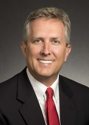 Dave Walton is appointed president and CEO of Caterpillar Financial Services Corporation and Caterpillar vice president of the Financial Products Division.